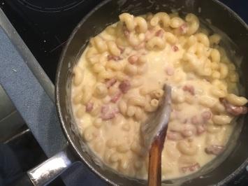 Mac Lardons + Cheese Sauce
