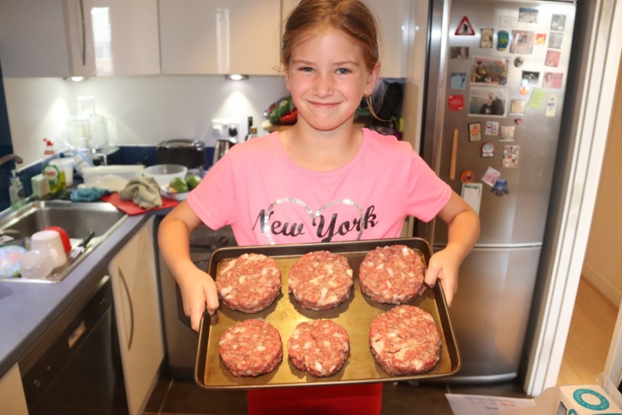 Cooking with Kids – It's Burger Time!