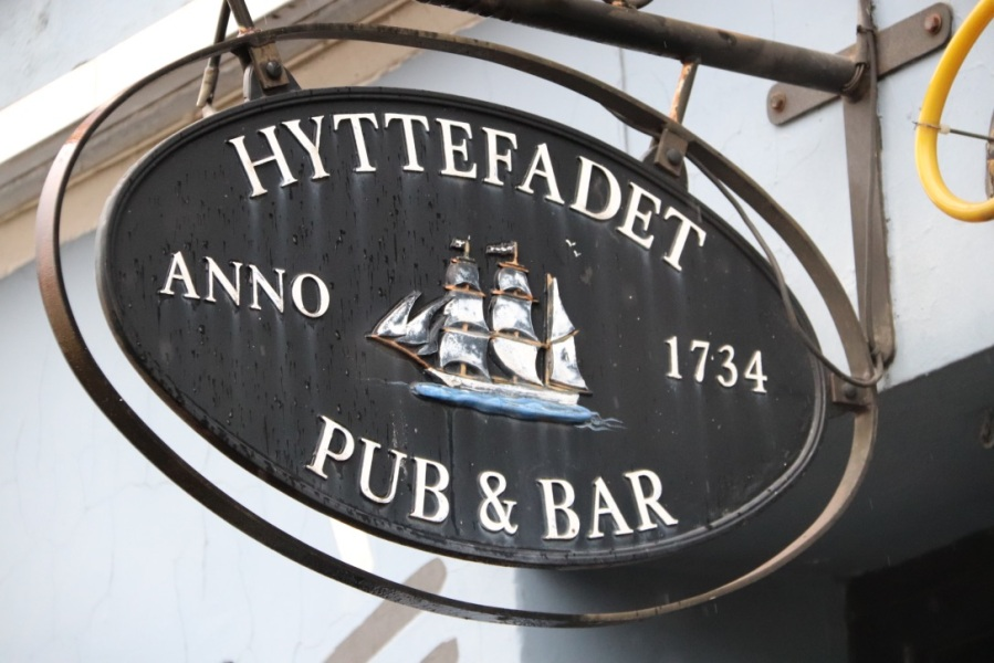 Hyttefadet Pub & Bar – A Danish Delight